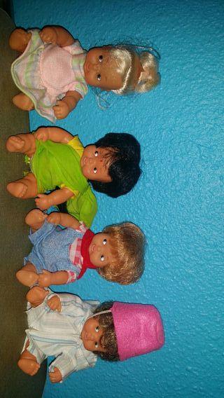 muñecas barriguitas