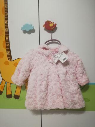 Abrigo Mayoral de pelo para bebé color rosa baby