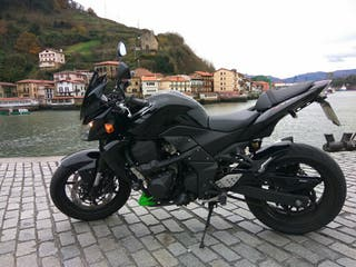 Kawasaki Z750 12000 km