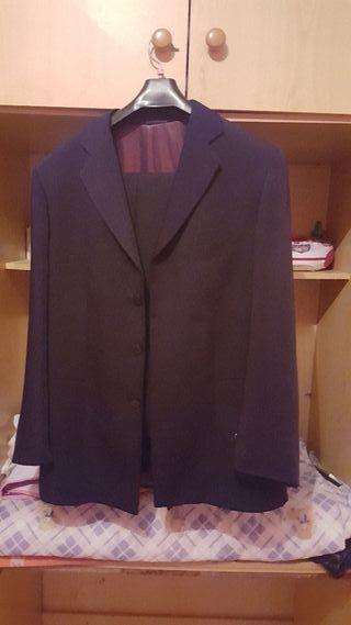 traje nuevo talla 52