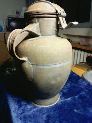 Antigua zafra de aceite con tapa. Principio s. XX
