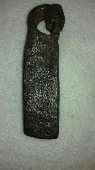 Antigua pesa de hierro o ponderal del Siglo XVIII