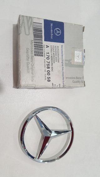 Estrella insignia Mercedes