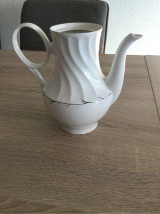 Cafetera/tetera fina porcelana Irabia
