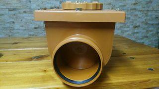 Valvula de retención de saneamiento.