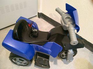 triciclo de 3 ruedas a bateria