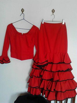 Traje de flamenca rojo, talla 38