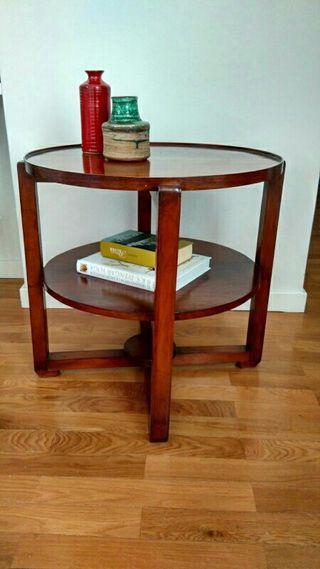 Mesa redonda auxiliar madera teka de segunda mano por 150 for Wallapop mesas