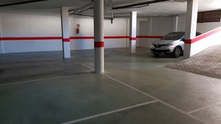 Plazas Garaje Anchas 24m/2 aprox