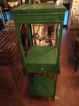 estantería metálica de chapa pintado en verde