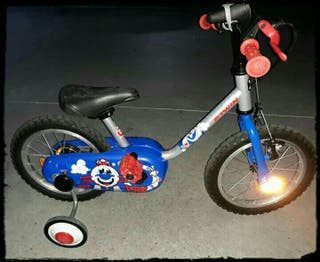 Bicicleta BTWIN Decathlon. 14''. Niño y niña