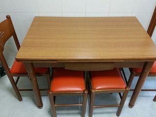 mesa madera maciza impecable