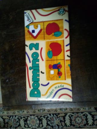 Juego de mesa infantil: Domino infantil