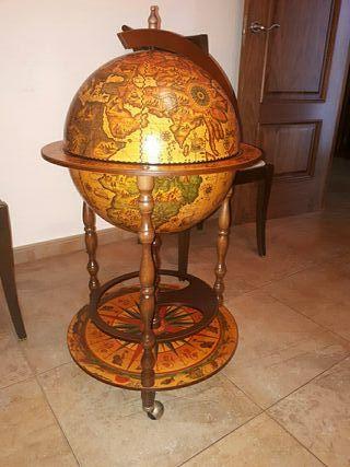 Mueble bar,bola del mundo