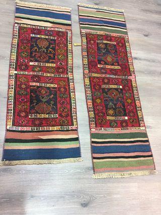 Alfombra kilim largo antigua