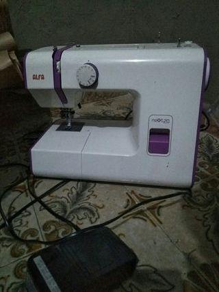Máquina de coser ALFA Next20