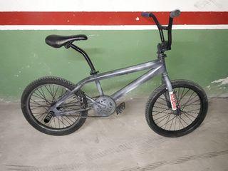 Se vende BMX