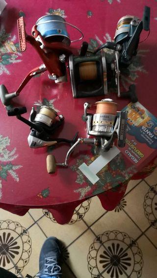 cañas y carretes de pesca