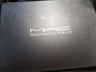 Paleta de maquillaje alta calidad es copia de MAC