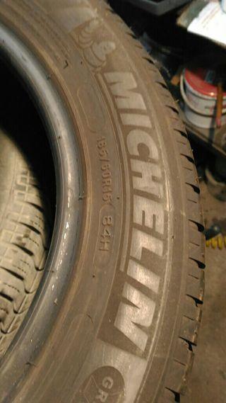 Neumáticos 185/60/15