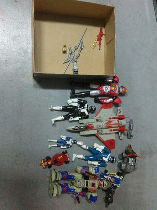 muñecos, juguetes