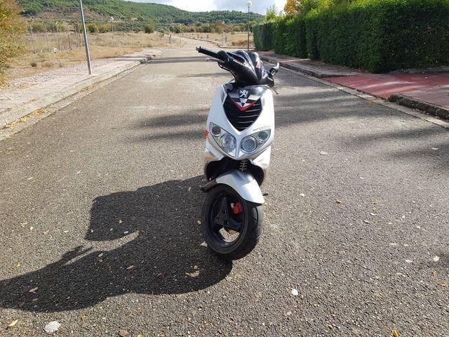 Moto Peugeot speedfight 2 50cc