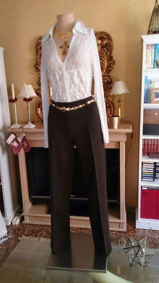 Camisa y pantalón T M.