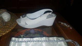 Zapatos de novia cuña