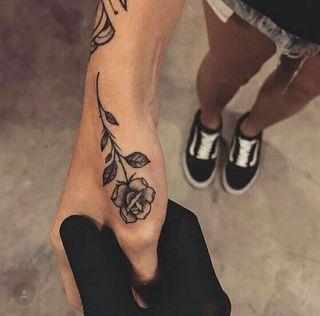 Alexandra Gil. Tattoo Creatiu.