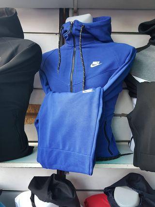 jogging Nike neuf