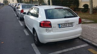 Audi A3 attraction 1.6 tdi 105 cv