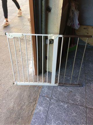 puerta de seguridad infantil