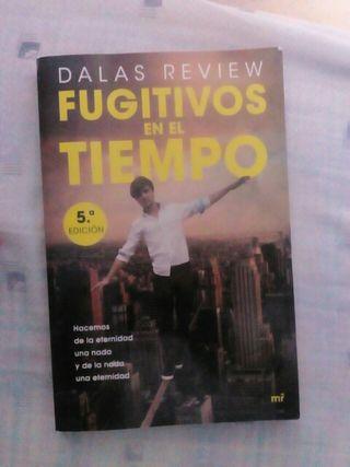 Fugitivos en el tiempo Dalas Review