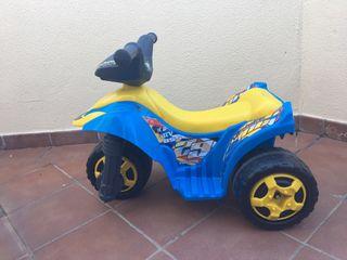 Moto juguete eléctrica