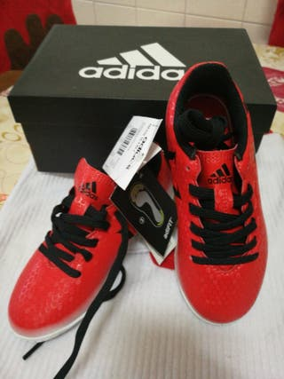 zapatilla futbol Adidas