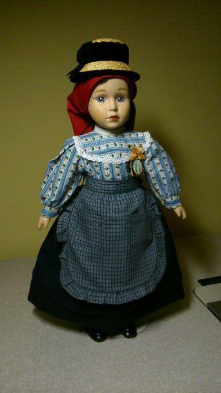 Muñeca traje típico
