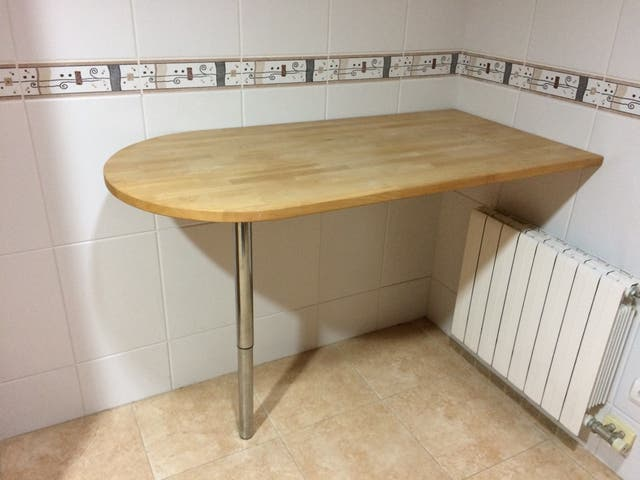 Bonita mesa cocina alta tipo barra de segunda mano por 59 € en Les ...