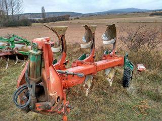 Arado trisurco keverneland. keverland. kewerland.