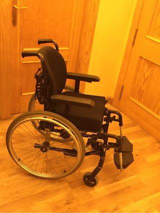 Silla de ruedas infantil de segunda mano por 450 en murcia wallapop - Sillas de rueda de segunda mano ...