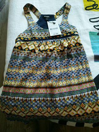 blusa con etiqueta talla s