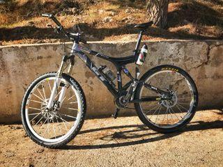 Bicicleta GT I-Drive Bien terminada.