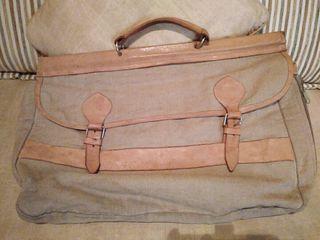 Bolsa de viaje de tela y cuero