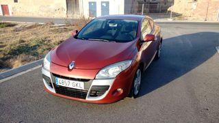 Renault Megane Coupe 1.9 dCi Dynamic 130cv