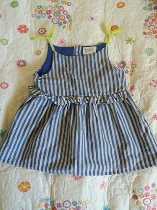 Bonnet á Pompon. Vestido niña 9 meses. Como nuevo