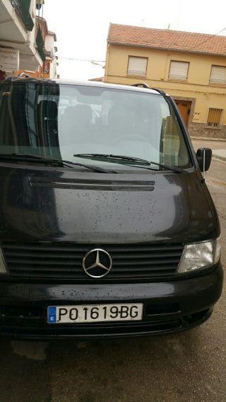hola vendo una furgoneta Mercedes Vito va bien