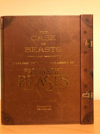 Libro maleta Animales fantásticos Edición INGLÉS
