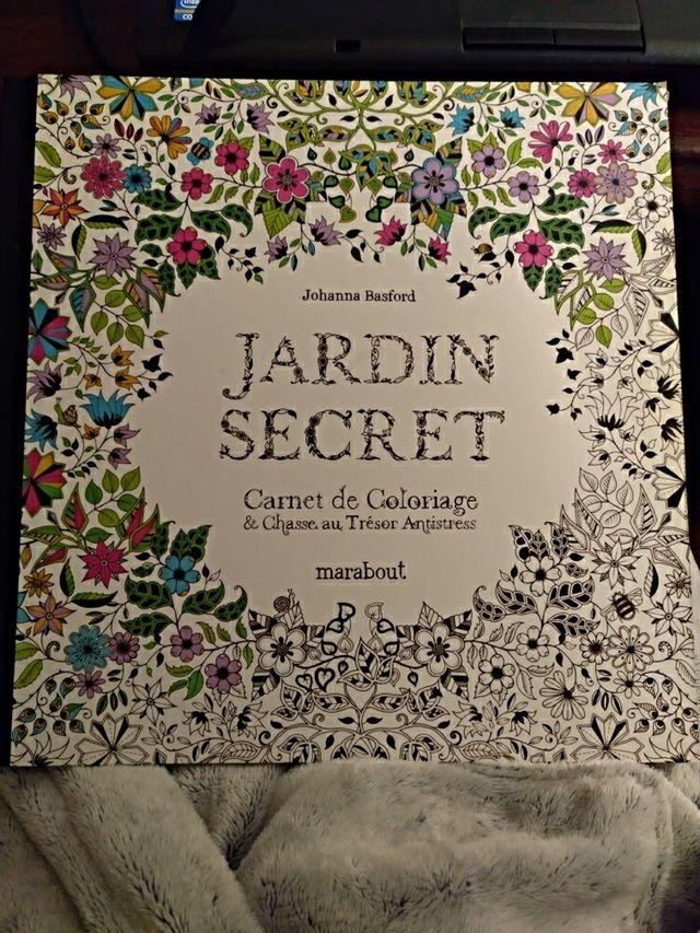 Libro El Jardin Secreto Para Colorear De Segunda Mano Por 8 5 En