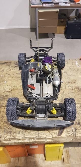leon gasolina rc con otro motor y mesa de arranqe