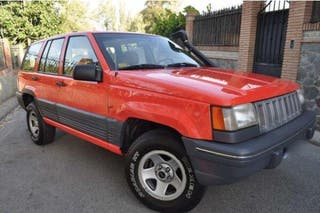 JEEP - GRAND CHEROKEE 5. 2 V8 LIMITED