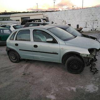 Opel Corsa 2001 para desguace